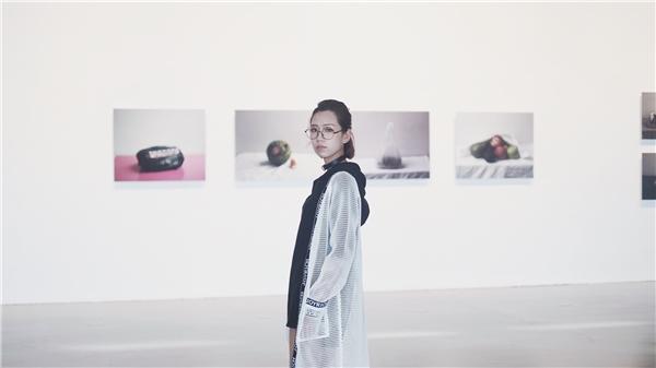 Ngoài thời gian có mặt tại sự kiện, Min cũng tranh thủ đi thăm những cảnh đẹp ở thành phố hoa lệ hàng đầu châu Á.