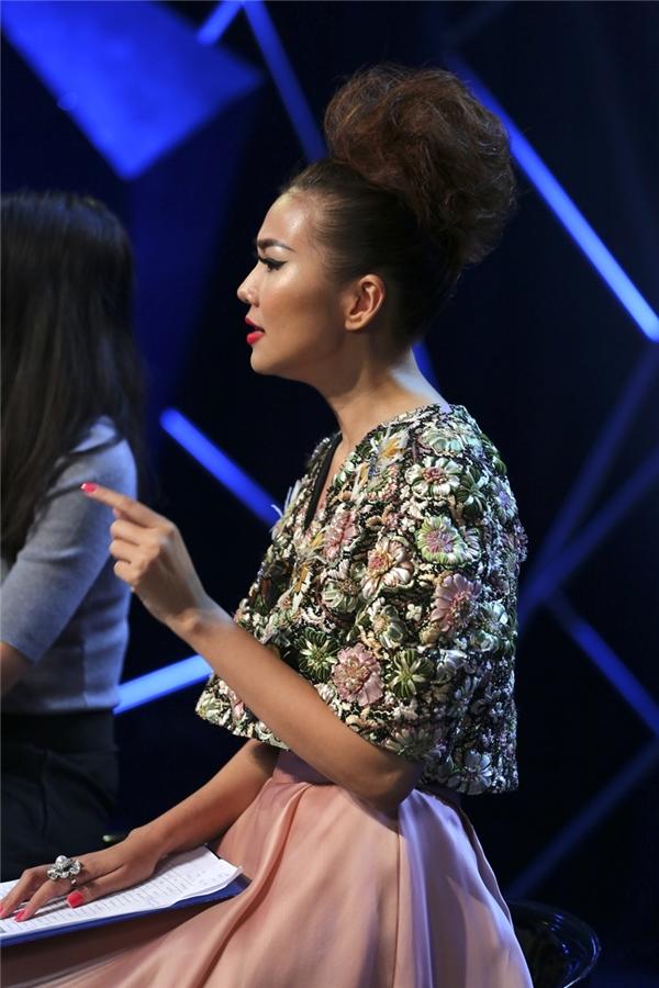 Thanh Hằng phê phán Thu Hường trong tập 5 lên sóng vào tối nay (14/).