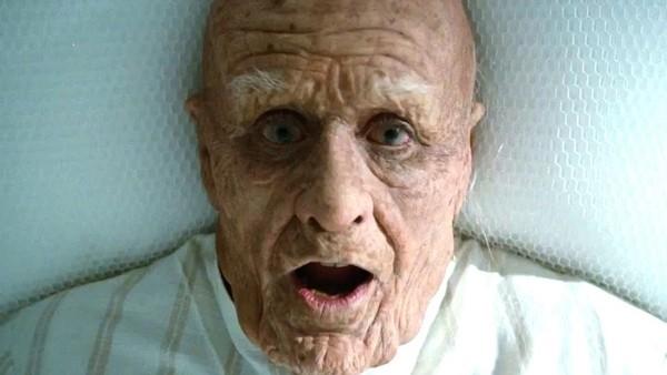 """Hóa thân thành ông lão trăm tuổi trong """"Mr. Nobody""""."""
