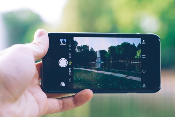 Có thể iPhone 7 sẽ được trang bị công nghệ Flash Retina. (Ảnh: internet)