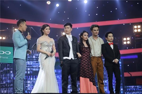 Ca sĩ Phương Thanh dành nhiều lời khen cho việc kết hợp âm nhạc đúng thời điểm để tạo hiệu ứng của đội Hành Ca.