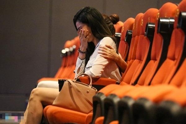 Trương Quỳnh Anh xúc động bật khóc khi được Tim cầu hôn. - Tin sao Viet - Tin tuc sao Viet - Scandal sao Viet - Tin tuc cua Sao - Tin cua Sao