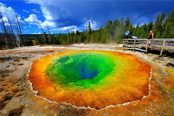 Những hồ nước đẹp ngỡ ngàng như trong truyền thuyết