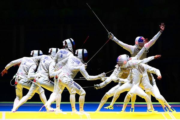 Alexander Massialasngười Mỹ đánh bại vận động viên người NgaArtur Akhmatkhuzin trong nội dung kiếm chém cá nhân nam vào ngày thứ 2 của Thế vận hội.