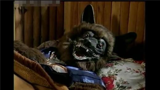 Những đĩa nhạc của bé Xuân Mai chắc chắn luôn gắn liền với tuổi thơ của các bạn nhỏ, đặc biệt là con sói đáng sợ này.
