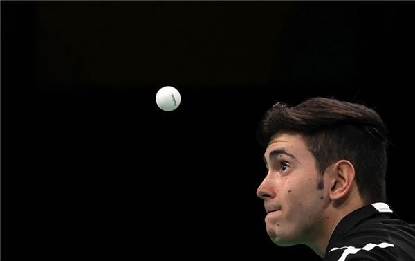 Biểu cảm khó đỡ của các tuyển thủ thi đấu bóng bàn trong Olympic Rio
