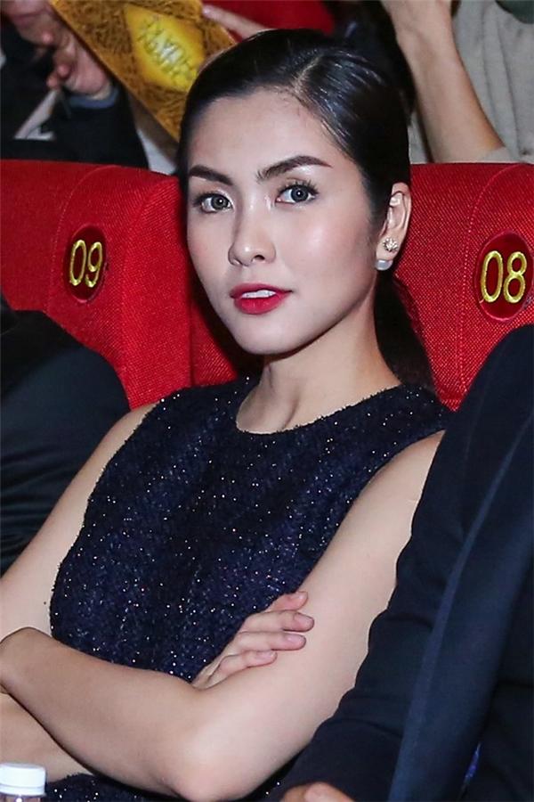 Sau khi lập gia đình,sinh con, Tăng Thanh Hà nhận được nhiều lời khen ngợi về nhan sắc xinh đẹp và ngày càng mặn mà của cô. - Tin sao Viet - Tin tuc sao Viet - Scandal sao Viet - Tin tuc cua Sao - Tin cua Sao