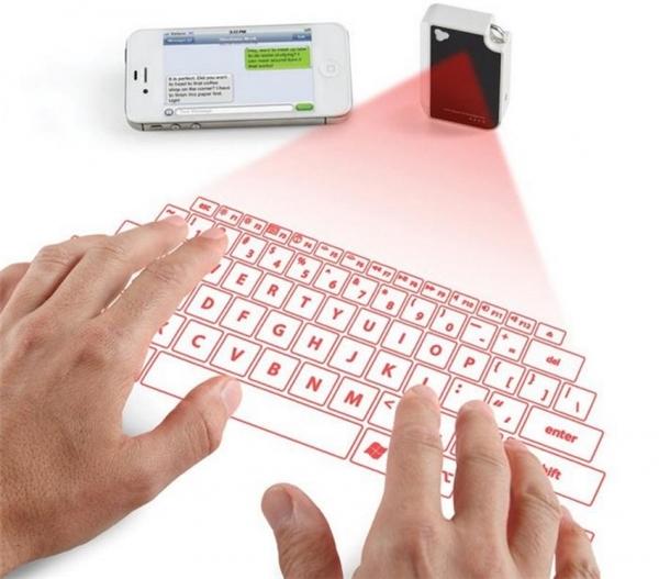 Khi bạn cần viết một loạt tin nhắn dài nhưng bàn phím smartphone lại quá nhỏ gây khó khăn? Đừng lo vì giờ đây đã có bàn phím ảo bằng tia laser giúp bạn đánh máy nhanh trên một mặt phẳng bất kì.