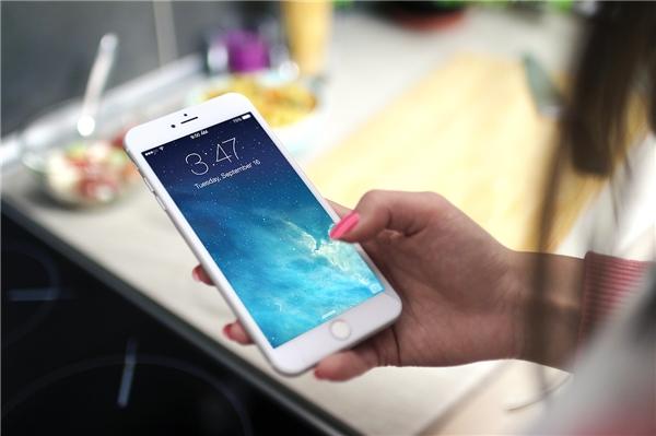 Tắt đi cácthiết lập Accessibitity để tăng tốc iPhone. (Ảnh: internet)