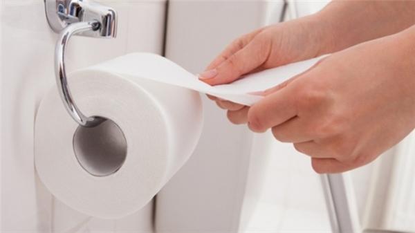 """Khách Tây, đặc biệt là người Mỹ vẫn ưa dùng giấy vệ sinh hơn """"khẩu súng mông""""."""