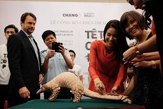 Buổi lễ có sự tham dự của các đại sứ thiện chí chiến dịch là ca sĩ Thu Minh, MC – Nghệ sĩTrấn Thành, và Hoa hậu Hoàn vũ Việt Nam Phạm Hương.