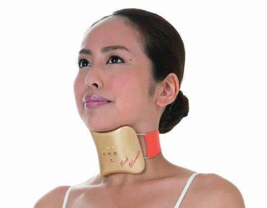 Trông như một chiếc nẹp cổ khi chấn thương, dụng cụ này sẽ giúp bạn giảm nếp nhăn vùng cổ.