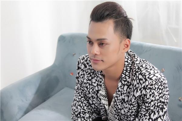 Phan Ngọc Luân trở lại mạnh mẽ trên đường đua âm nhạc