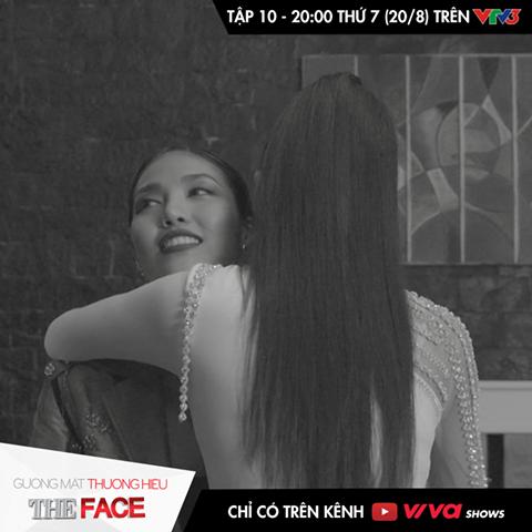 Trên trang mạng xã hội chính thức của The Face Vietnam, phía chương trình cũng vừa hé lộ bức ảnh Phạm Hương ôm chầm lấy Lan Khuê. Điều này làm dấy lên nghi ngờ một trong hai huấn luyện viên trẻ tuổi sẽ mất đi thành viên cuối cùng. Theo những thông tin đồn đoán bên lề, Mai Ngô sẽ là thí sinh ra về trong tập 10.