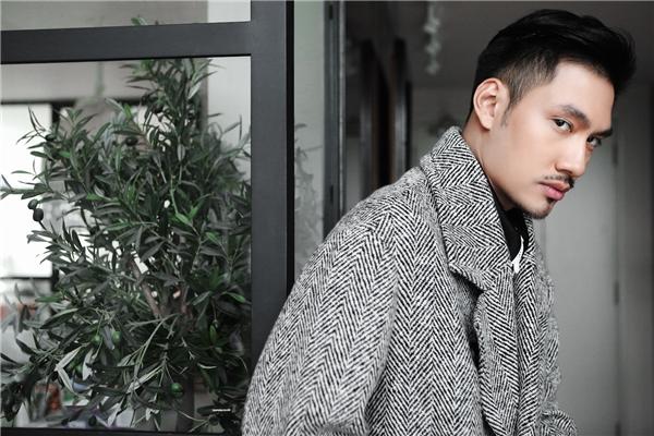 Là một nhà thiết kếvà doanh nhân trẻ thành đạt, Lý Quí Khánh phải dịch chuyển không ngừng giữa các tuần lễ thời trang cũng như những sự kiện lớn…