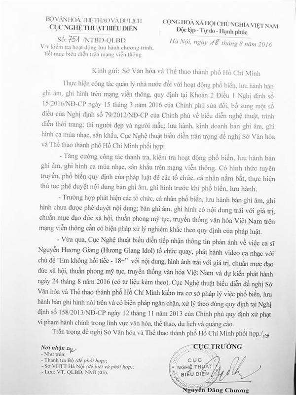 Văn bản của Cục Nghệ thuật biểu diễn nêu rõ, ca sĩ Nguyễn Hương Giang đã tổ chức quay, phát hành video ca nhạc chủ đề Em không hối tiếc mang nội dung, hình ảnh trái với chuẩn mực đạo đức xã hội, thuần phong mỹ tục, truyền thống văn hóa Việt Nam. - Tin sao Viet - Tin tuc sao Viet - Scandal sao Viet - Tin tuc cua Sao - Tin cua Sao