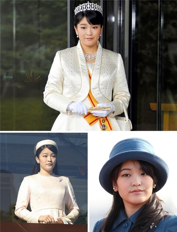 Công chúaMako đã trở thành một ngôi sao Internet ngay từ khi còn học trung học.
