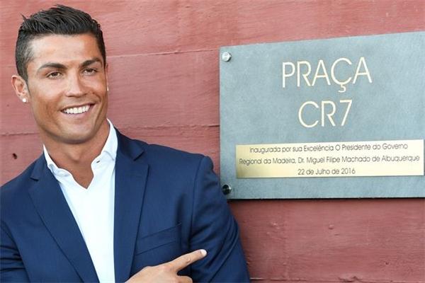 Cristiano Ronaldo sẽ vào vai chính mình, người đánh giá tài năng của nhân vật của Bieber để rồi đưa ra quyết định có chấp nhận anh hay không.