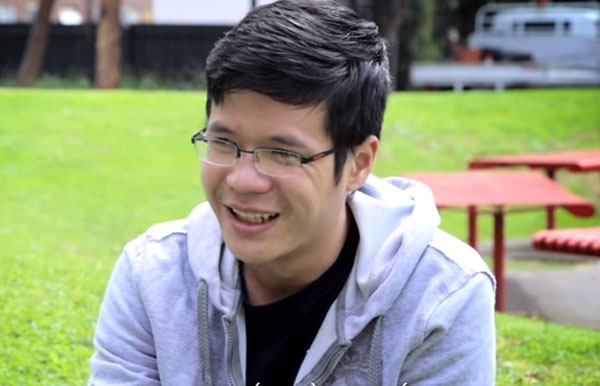 Hoàng Thế Anh- học sinh THPT chuyên Bắc Giang, nhà vô địch thứ 13 của Olympia - đã dành một năm sau khi đăng quang để ôn luyện ngoại ngữ. Hiện Thế Anh là sinh viên tại ĐH Swinburne, Autralia. Ảnh: (FB ĐH Swinburne)