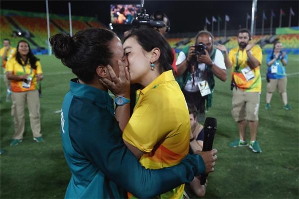 3 mối tình làm dậy sóng chảo lửa Olympic Rio 2016