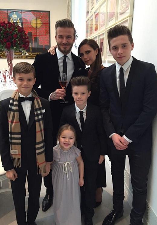 Sự nổi tiếng của vợ chồng Beckham khiến các con của họ cũng được dư luận quan tâm.