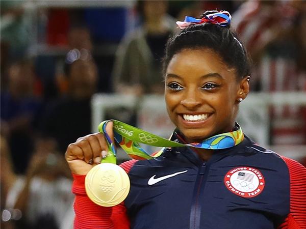 Những tượng đài giải nghệ nhường chỗ tài năng trẻ tỏa sáng tại Olympic