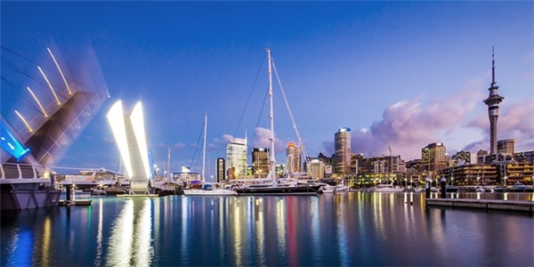 8. Auckland, New Zealand: Thường xuyên có mặt trong danh sách các thành phố đáng sống nhất, Auckland có khí hậu dễ chịu, nhiều cơ hội việc làm và giáo dục, cùng cơ sở vật chất phát triển. Ảnh: Aucklandnz.