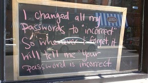 Thế này thì mỗi khi quên mật khẩu sẽ được nhắc cho nhớ tại chỗ luôn, không phải lo rồi.