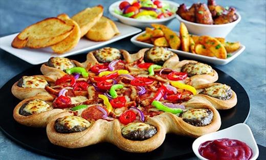 Các món ăn đi kèmhư bánh mì, củ quảlại là nguồn cung calo dồi dào.