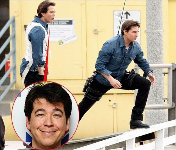 Tom Cruise (phải) & Michael Mcintyre, Knight and Day