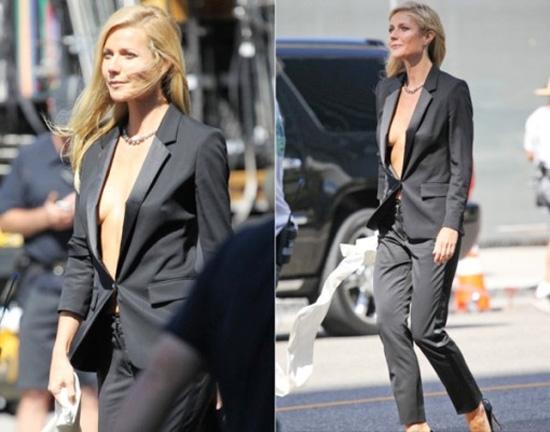 """Áo vest một khuy dáng ngắn là món đồưa thích của nhiều sao nữ Hollywood khi lựa chọnphong cách """"thả cho ngực thở""""."""