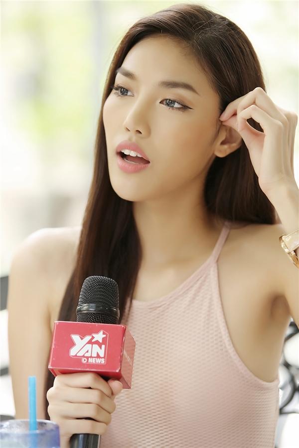Lan Khuê tươi tắn, rạng rỡ dù mất hết thí sinh tại The Face Vietnam 2016. Cô cho rằng bản thân đã trưởng thành và điềm tĩnh hơn.