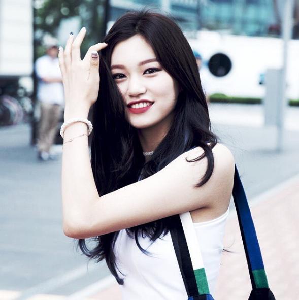3 nhan sắc sinh năm 1999 hút fan nhất Kpop hiện nay