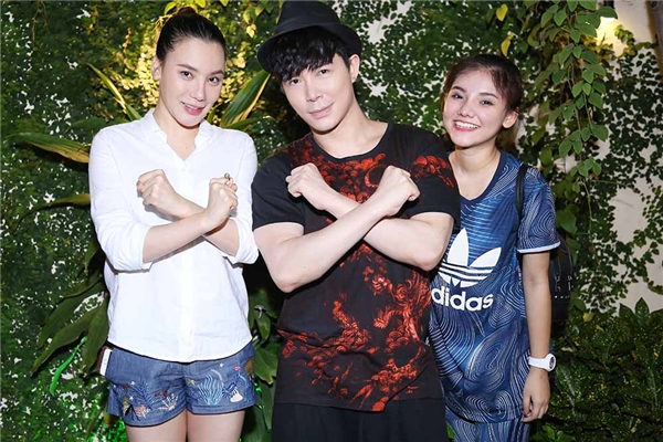 Theo đúng những mong đợi và kìvọng của khán giả cùng giới truyền thông, thí sinh nhỏ tuổi nhất chương trình Nhân Tố Bí Ẩn2016, Trần Minh Như đã đăng quang đầy thuyết phục khi thật sự ''bùng nổ'' trong đêm chung kết vừa qua với hơn 41% bình chọn từ khán giả.