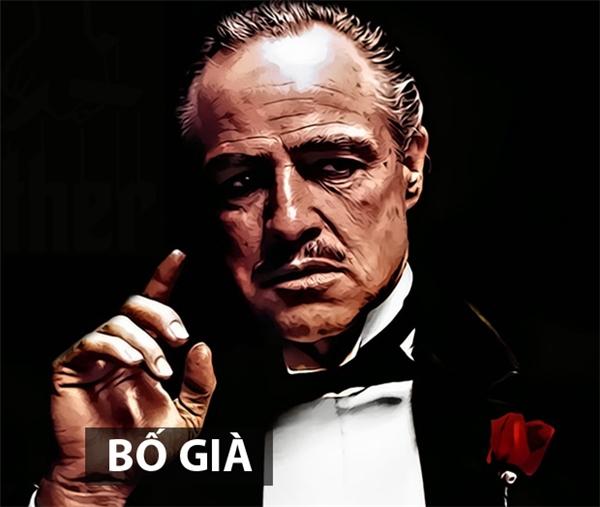 Bộ phim Bố già được chuyển thể từ tiểu thuyết cùng tên của nhà văn Mario Puzo. Trong phim,Vito Corleone là ông trùm khét tiếng nhất tại Mỹ lúc bấy giờ song con trai út của ông - Michael sau khi trở về từ Thế chiến II lạiquyết định không tham gia bất cứ phi vụ gì của gia đình. Sau một lầnchứng kiến cha mình bịbọn mafia đối đầu ám sát bất thành, Michael quyết báo thù cho cha. Từ đây, hàng loạt hiểm nguy với những trận đấu súng kinh hoàng đang rình rập phía trước. Bố giàđưa người xem đến với thế giới tội phạm đầy bạo lực, tàn nhẫn với những vỏ bọc giả dối thông qua câu chuyện của một gia đình mafia gốc Italy ở New York.