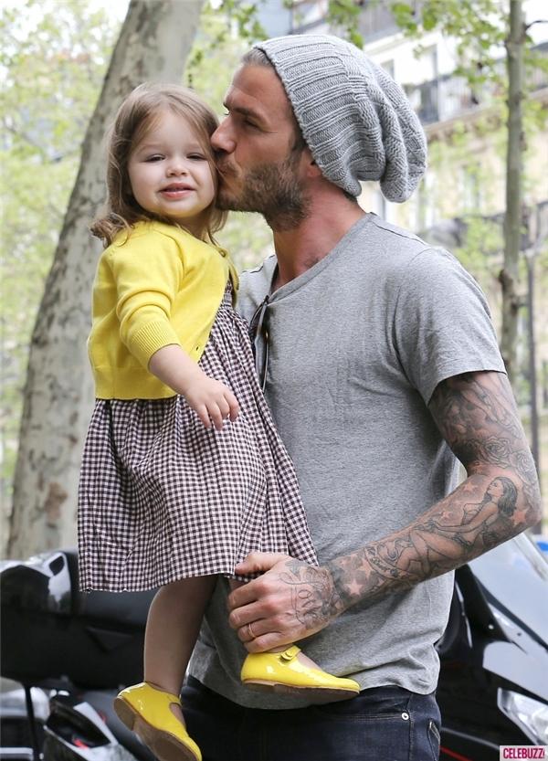 Beckham yêu thương, chăm sóc con gái như một nàng công chúa thực thụ.