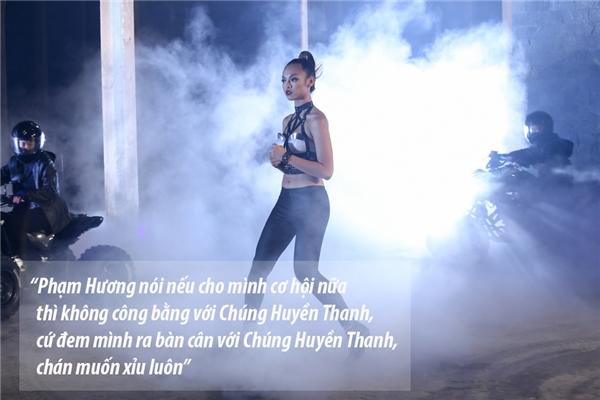 Sang tập 10, Mai Ngô luôn là trung tâm của mọi sự chú ý với những nhận xét về Phạm Hương, Chúng Huyền Thanh và kết quả chung cuộc.