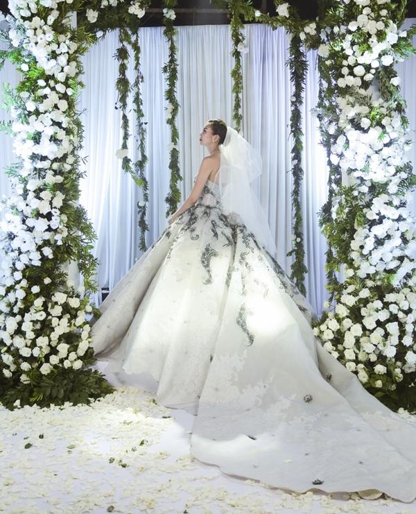 Thanh Hằng chụp ảnh cưới, lên kế hoạch kết hôn và bỏ nghề mẫu? - Tin sao Viet - Tin tuc sao Viet - Scandal sao Viet - Tin tuc cua Sao - Tin cua Sao