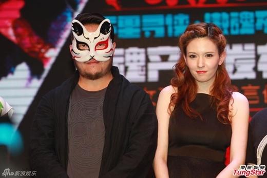 Đại gia Trung Quốc đã mua Rola Misaki  với giá hơn 170 tỉ để về làm thư kí riêng của mình trong vòng 15 năm