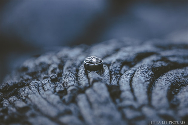 Vừa thích thú vừa rớt tim với bộ ảnh cưới chụp cùng… núi lửa