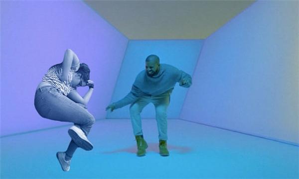 7. Cô cũng từng góp mặt trong clip Hotline Bling nổi tiếng của Drake.
