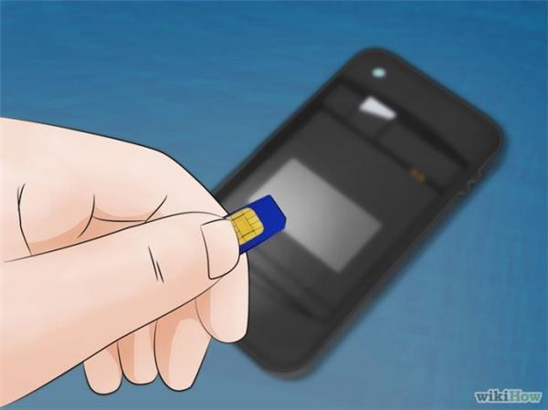 10 bước thần thánh giúp bạn cứu mạng smartphone lỡ rơi xuống nước