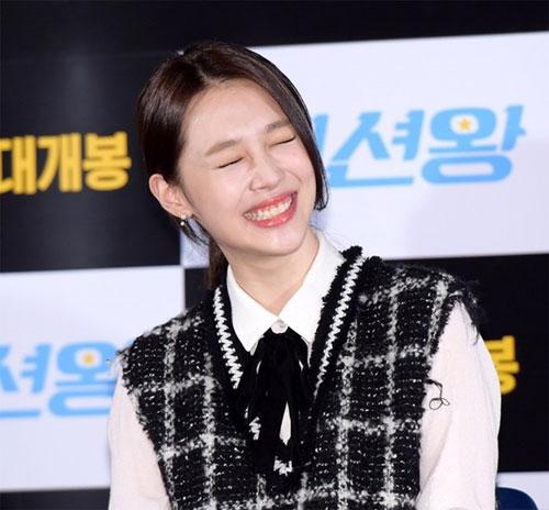 Đến cả công chúa Kpop nhưSulli còn cười hở lợi thì bạn phảingại gì mà không khoe nụ cười của mình chứ?