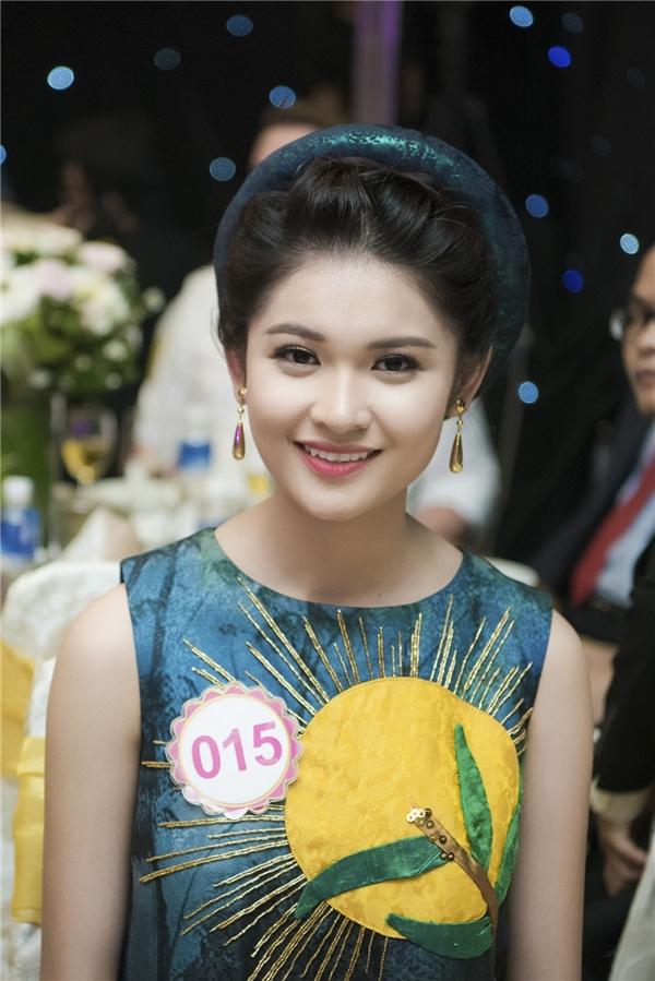 Cận cảnh gương mặt thu hút của cô gái 20 tuổi đến từ TP.HCM.