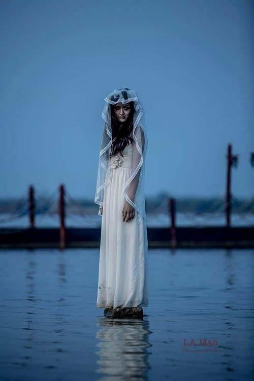 """""""Cô dâu ma"""" được tin là sẽ đồng hành và bầu bạn với người đã chết dưới """"suối vàng"""". (Ảnh minh họa)"""