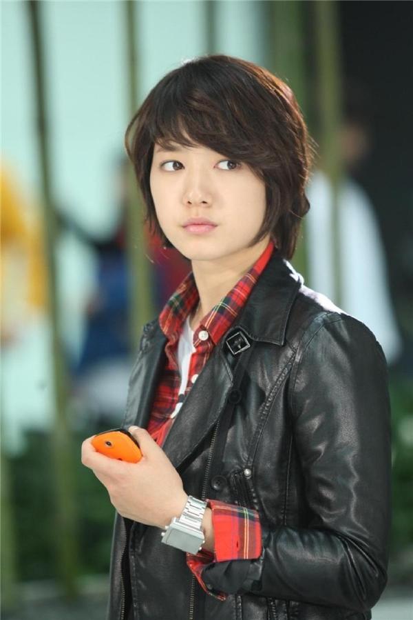 Ngất ngây những cô nàng đẹp trai của màn ảnh Hàn