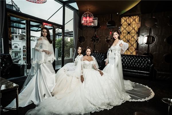 Lê Hà, Chúng Huyền Thanh cùng diện váy đuôi cá gợi cảm. Trong khi đó, Lilly Nguyễn, Phí Phương Anh diện váy bồng xoè cổ điển.
