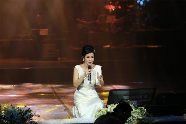 Hồng Nhung trong đêm nhạc Nhớ mùa thu Hà Nội - Tin sao Viet - Tin tuc sao Viet - Scandal sao Viet - Tin tuc cua Sao - Tin cua Sao