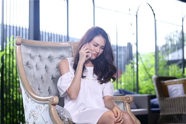 Hồ Ngọc Hà bị chê ngu dại khi quyết định loại học trò Lê Hà