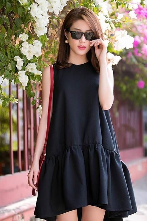 Bạn nữ nào cũng nên có cho mình ít nhất 1 kiểu váy dáng suông.
